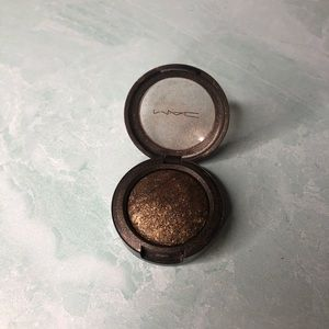 Mac Shimmer eyeshadow